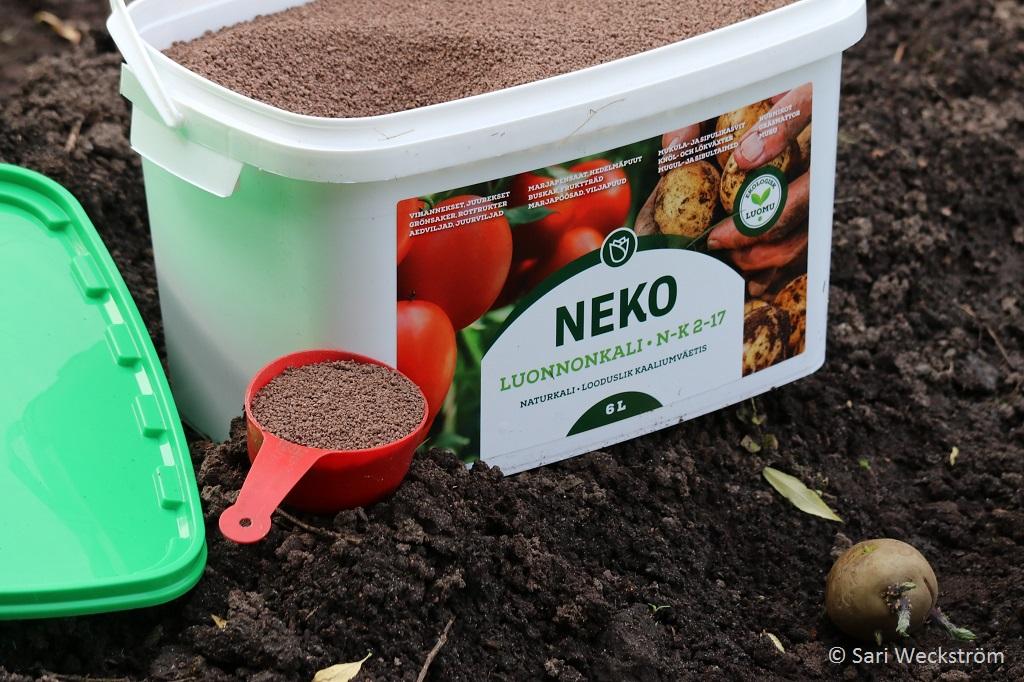0 Neko Luonnonkali, hyvä lannoite juureksille N2 K17